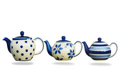 在白色背景隔绝的陶瓷茶壶 免版税图库摄影