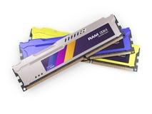 在白色背景隔绝的随机存取存储器RAM模块金属颜色 3d回报 免版税库存图片
