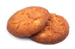 在白色背景隔绝的麦甜饼 开胃和嘎吱咬嚼的饼干 曲奇饼脆饼二 甜自创酥皮点心 库存照片