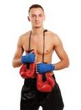在白色背景隔绝的年轻拳击手人 免版税库存照片