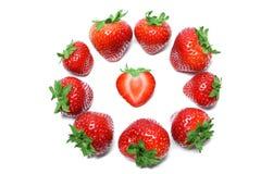 在白色背景顶视图隔绝的草莓 库存照片