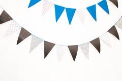 在白色背景,生日的欢乐蓝旗信号 图库摄影