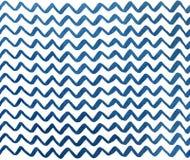 在白色背景, V形臂章的水彩深蓝手画条纹 免版税库存照片