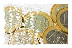 在白色背景-概念图象的意大利欧洲硬币小组 免版税库存照片
