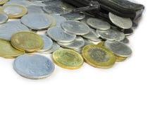 在白色背景2的硬币 免版税库存照片