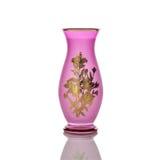 在白色背景-刻花玻璃-隔绝的古色古香的花瓶 库存图片