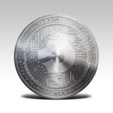 在白色背景3d翻译隔绝的银色bitcoindark硬币 库存图片
