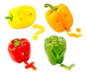 在白色返回查出的不同地色的甜椒的混合 免版税库存图片