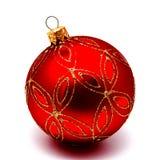 在白色隔绝的圣诞节装饰红色球 图库摄影