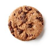 在白色隔绝的新鲜的巧克力曲奇饼,从上面 免版税库存照片