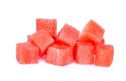 在白色隔绝的红色西瓜立方体 库存照片