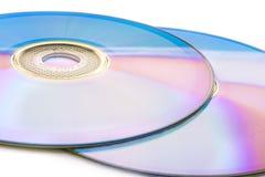 在白色隔绝的CD的dvd 免版税库存图片