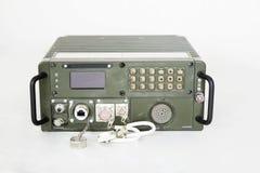 在白色隔绝的军事通信站 免版税图库摄影