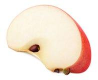 在白色隔绝的切片红色苹果果子 图库摄影