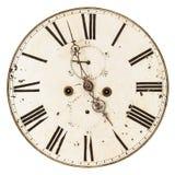 在白色隔绝的古老损坏的时钟表盘 库存照片