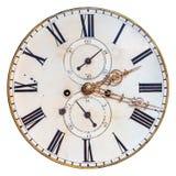 在白色隔绝的古老装饰时钟表盘 库存照片