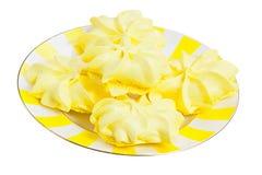 在白色隔绝的可口开胃蛋白甜饼 库存照片