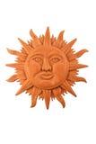 在白色隔绝的墨西哥木被雕刻的玛雅太阳标志板材 免版税库存照片