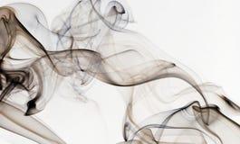 在白色隔绝的抽象烟 库存图片