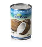 在白色隔绝的泰国椰树椰奶 免版税库存照片