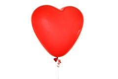 在白色隔绝的红色心脏气球 免版税库存图片