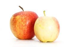 在白色隔绝的美味开胃美丽的新鲜的苹果 图库摄影