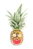 在白色隔绝的菠萝面带笑容 免版税库存照片