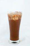 在白色隔绝的被冰的咖啡 免版税图库摄影