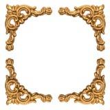 在白色隔绝的被雕刻的巴洛克式的框架的金黄元素 免版税库存照片