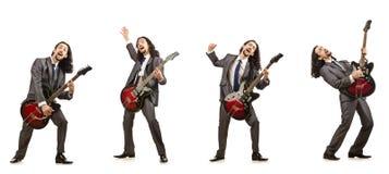 在白色隔绝的滑稽的吉他演奏员 库存图片