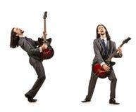 在白色隔绝的滑稽的吉他演奏员 免版税库存照片