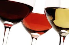 白色,玫瑰色和红葡萄酒 库存照片