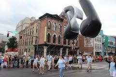 在百老汇的游行在纳稀威,田纳西 免版税库存图片
