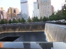 在的世界贸易中心的纪念品爆心投影纽约 免版税图库摄影