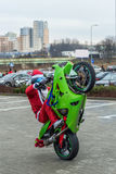 在的圣诞老人motorcycls 库存图片