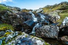 在的小瀑布在Pitlochry之外停泊 免版税库存照片