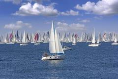 在的里雅斯特海湾的赛船会Barcolana  免版税库存照片