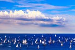 在的里雅斯特海湾的Barcolana赛船会  库存照片