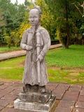 在皇家坟茔,越南的战士雕象 免版税库存图片