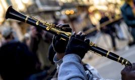在皇家街道新奥尔良上的爵士乐单簧管 免版税库存图片