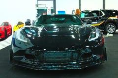 在皇家车展的新的美国肌肉汽车 正面图 免版税库存图片
