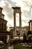 在皇帝奥古斯都皇家论坛的石专栏  库存照片
