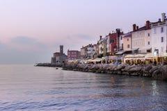在皮兰海岸的看法,亚得里亚海的,14的斯洛文尼亚皮兰湾2018年10月 免版税库存照片
