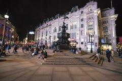 在皮卡迪利广场伦敦,英国-英国- 2016年2月22日的喷泉 免版税库存照片