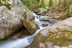 在皮立翁山登上,希腊的美丽的小河 库存图片