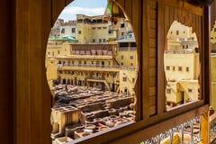 在皮革厂的大阳台的窗口在Fes 库存照片