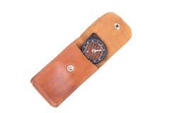在皮革盒的葡萄酒指南针,被隔绝 免版税库存照片