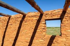 在盐沼镇使命国家历史文物的土佬废墟 免版税库存图片