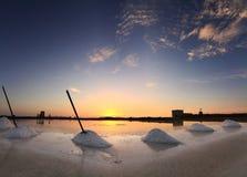 在盐矿的晚上,西西里岛 库存照片