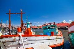 在盐水湖的泰国渔船 免版税库存图片
